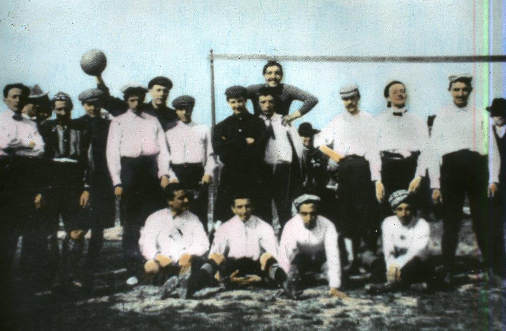 Juventus in maglia rosa